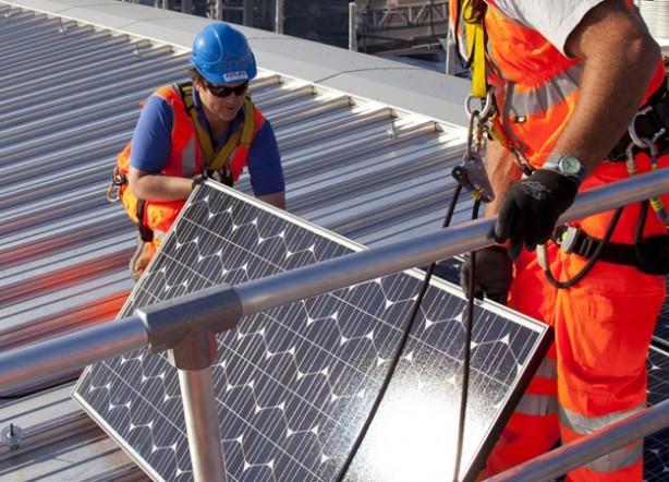 PV-installation-credit-Solarcentury