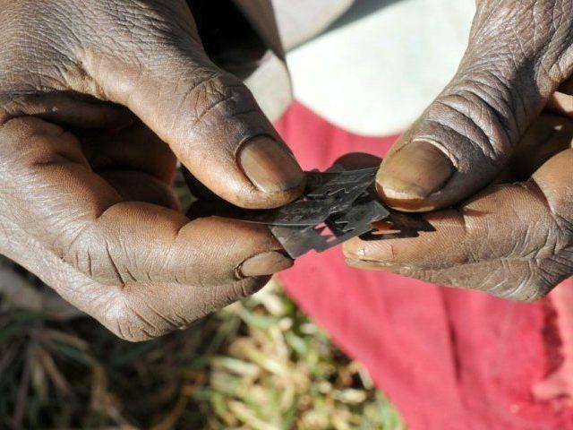 razor-blades-female-genital-mutilation-Reuters